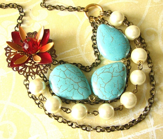 Turquoise Beaded Necklace, Vintage Jewelry, Gemstone Flower Necklace, Stone Jewelry