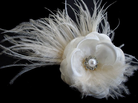 Gloria -- Petite Bridal Light Ivory Silk Flower Hair Clip Fascinator With Ostrich Feathers