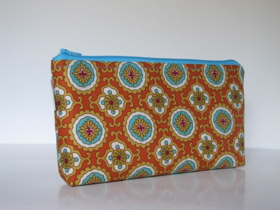 Large Cosmetic Makeup Bag / Zipper Pouch / Clutch