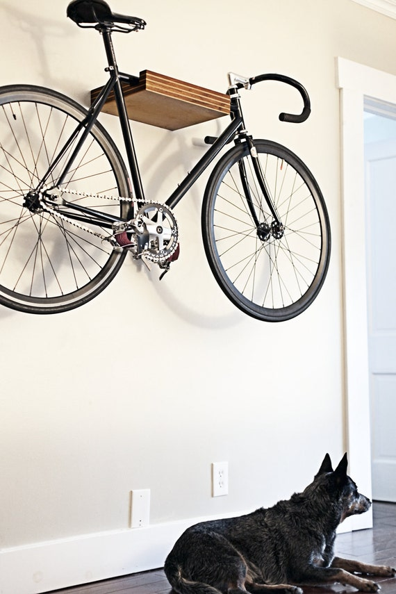 PINSTRIPe - Bike Shelf