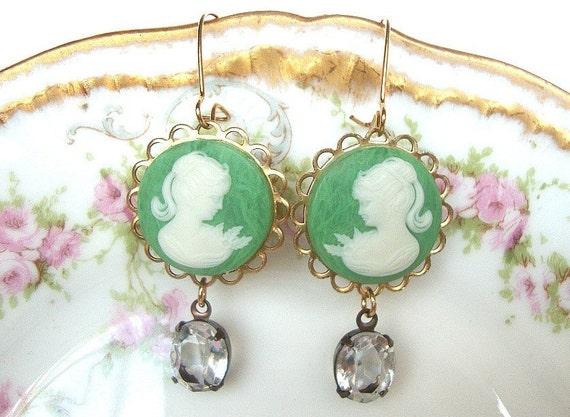 Shabby Chic, Wedding Earrings, Bridesmaid, Maid of Honor, Brides, Bridal Earrings, Cameos