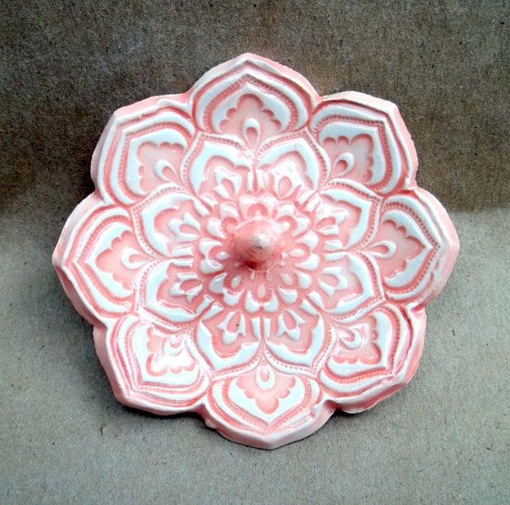 Coral Lotus Ceramic Ring Holder Bowl