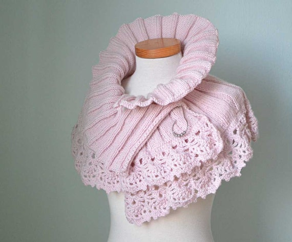 Elegant powder pink knitted capelet with lace crochet border