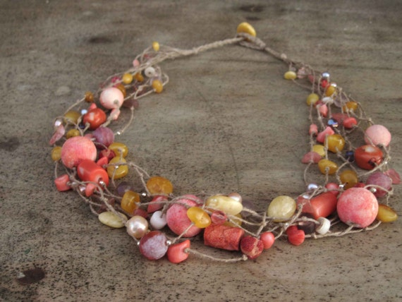 Pink Coral Amber Pearls Necklace, Natural Yellow Amber Necklace, Linen Necklace, Natural Pearls, Agate, Dusty Rose