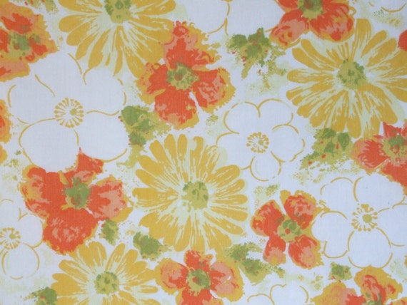 Vintage sheet fat quarter - yellow/orange daisies and mums
