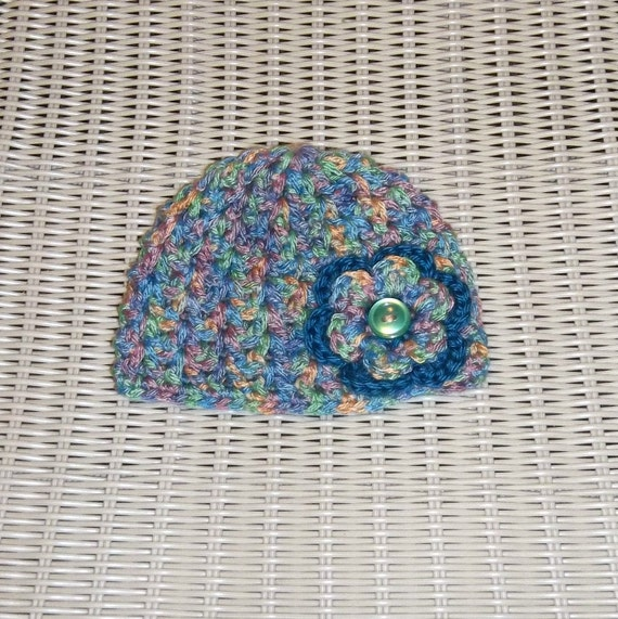 Crocheted Beanie Newborn /3 months Flower