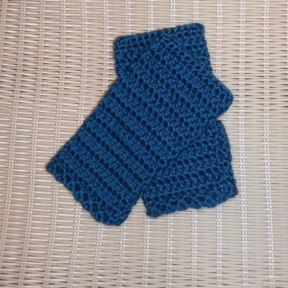 Fingerless Gloves Crocheted Ocean Teal Blue
