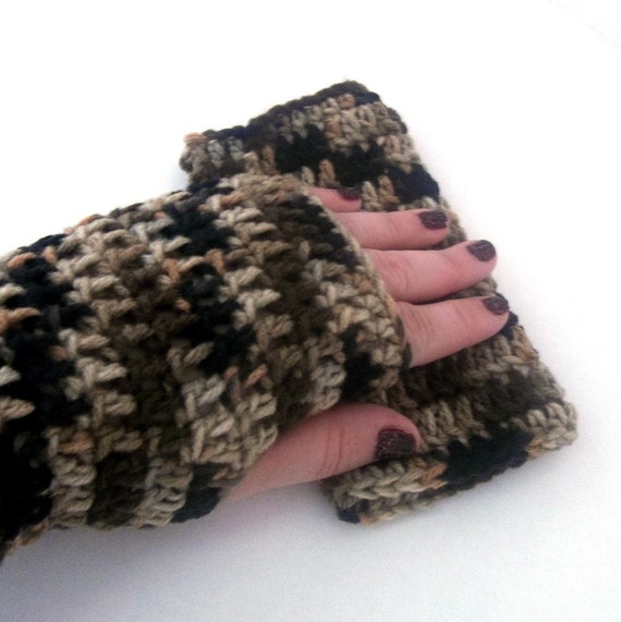 Fingerless Gloves Crocheted Cammo