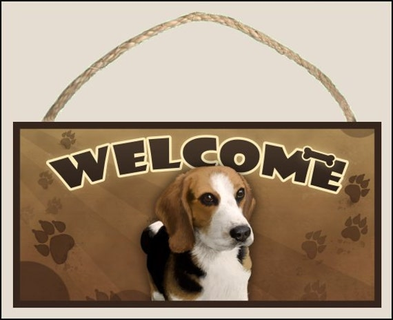 "Beagle 10"" x 5"" Wooden Welcome Sign"