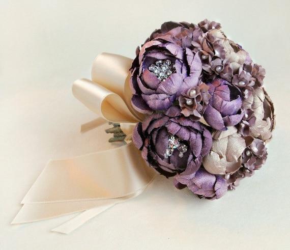 Фиолетовый и шампанское Шелковые ткани Маленький букет