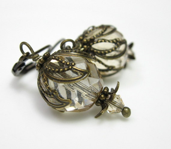 Champagne, Czech Glass, Vintage Style, Fashion Earrings, Antiqued Brass