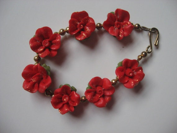 Red Cold Porcelain Floral Bracelet