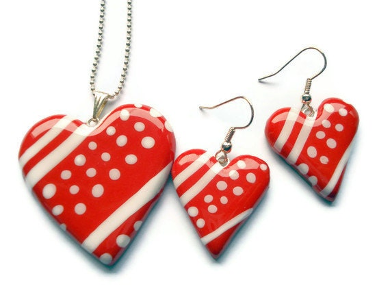 Jewelry Set  Red and White Polka Dot Striped by KireinaJewellery |  Craft Juice :  handmade polymer clay jewellery drop earrings pendant