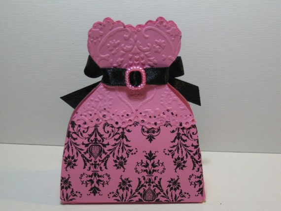 25 Black White or Black Pink Damask  Bride Wedding Dress Favor Boxes
