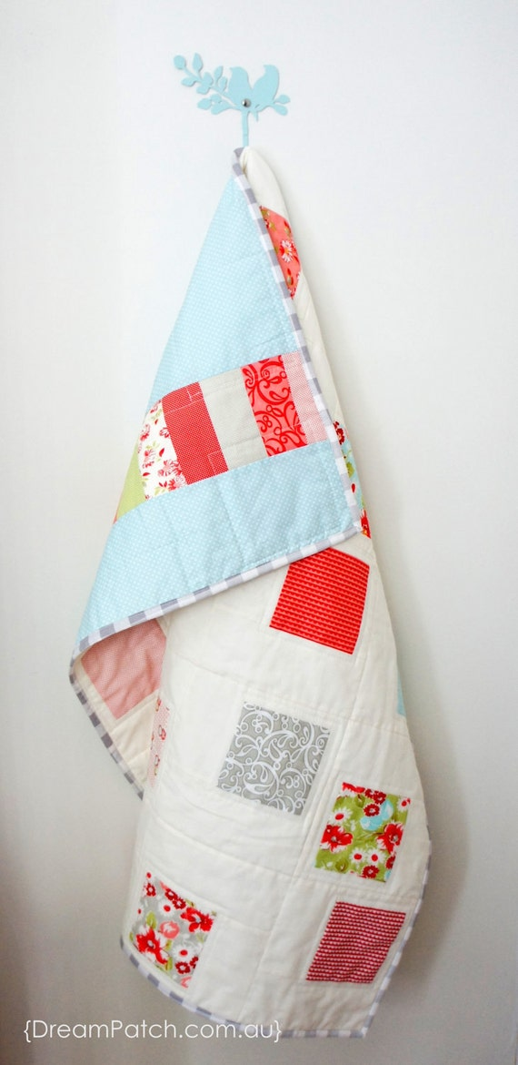 Off- centred Squares Patchwork Quilt