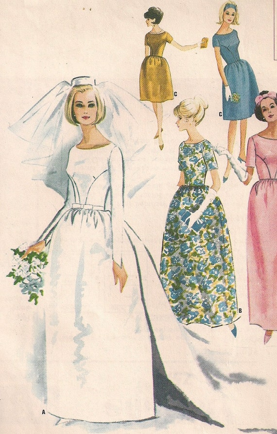 Vintage 60s Wedding Dress Pattern Detachable Train with Bell Skirt WEDDING