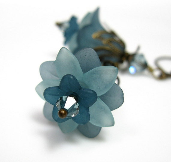 Cornflower Blue, Swarovski, Lucite, Vintage Style, Flower Earrings