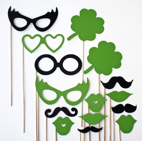 St. Patrick's Day Photo Booth Props - 15 Piece