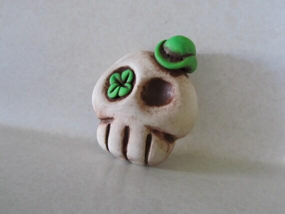 St. Patrick's Day skull magnet