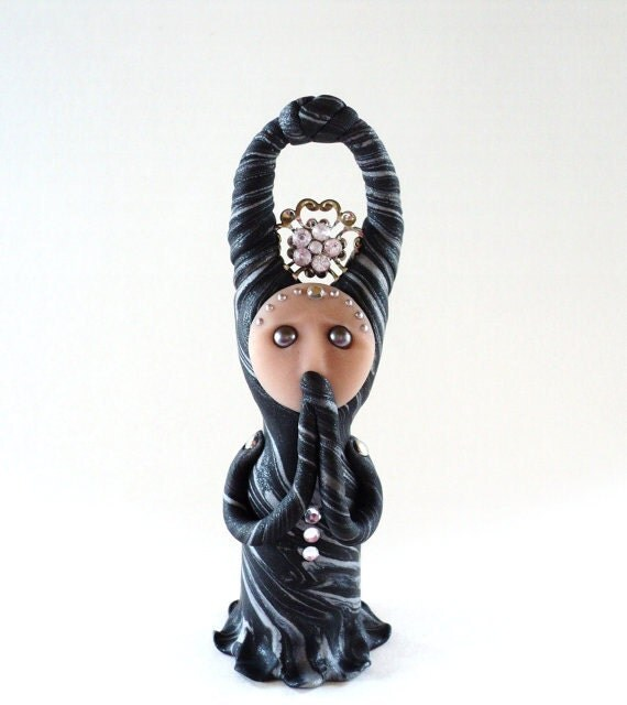 Ooak Sculpture - Lovely with Mindful Thoughts and Curiosities by Grey Mornings
