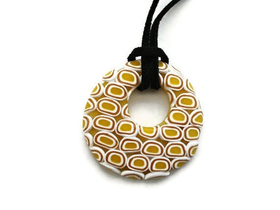 Round pendant  Yellow and white by KireinaJewellery on Etsy |  Craft Juice