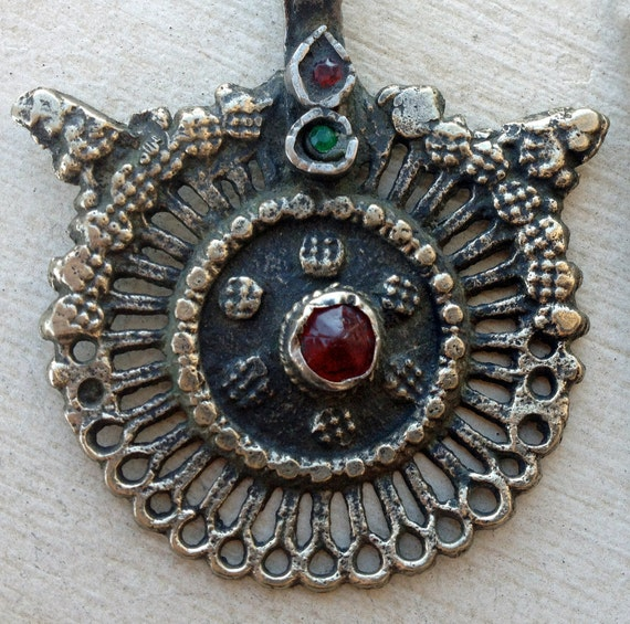 Horned Kuchi Pendant (22): Focal Piece, Nomadic, Folklorish