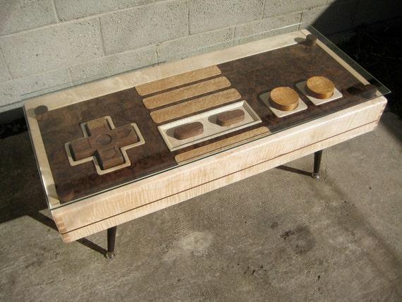 Кофейный столик с встроенным джойстиком