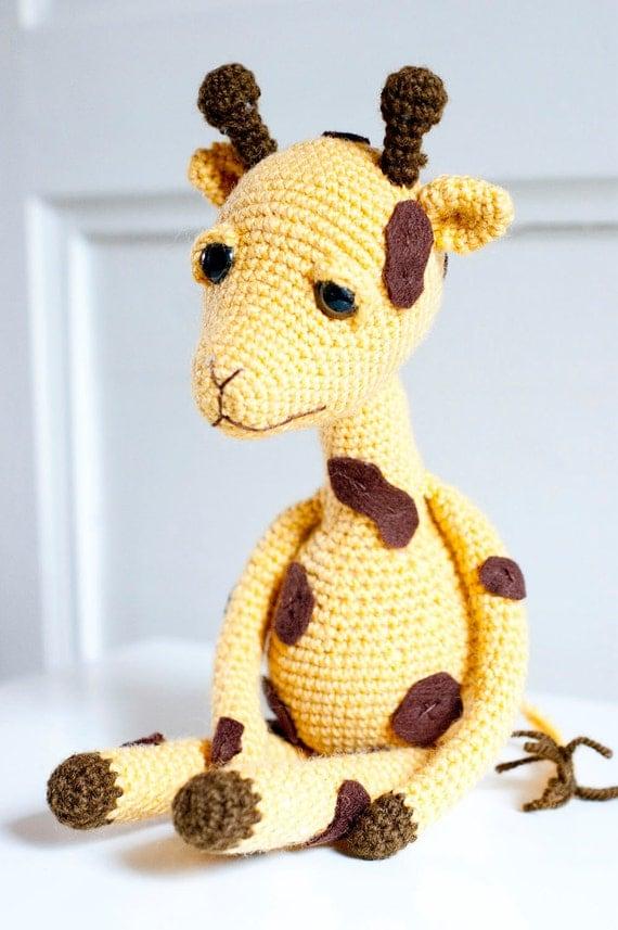 Amigurumi Hello Kitty Abeja : Sofia Sobeide: Gina the Giraffe