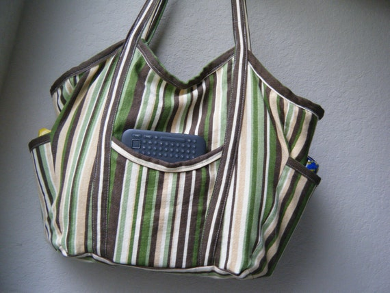 Medium Bella Bag- beach bag/diaper bag/tote bag/summer purse- in Gleefully Kiwi canvas