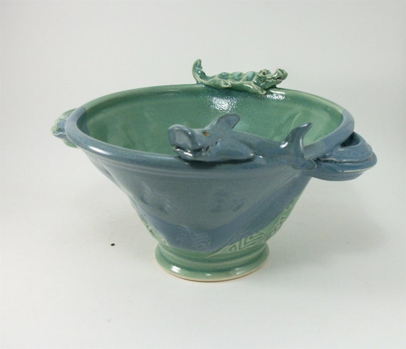 shark and alligator bowl, impossibly cute, you need it