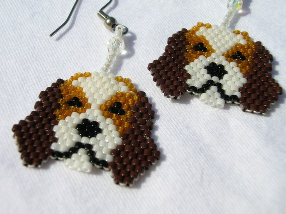 beautiful animal earrings: beaded jewelry