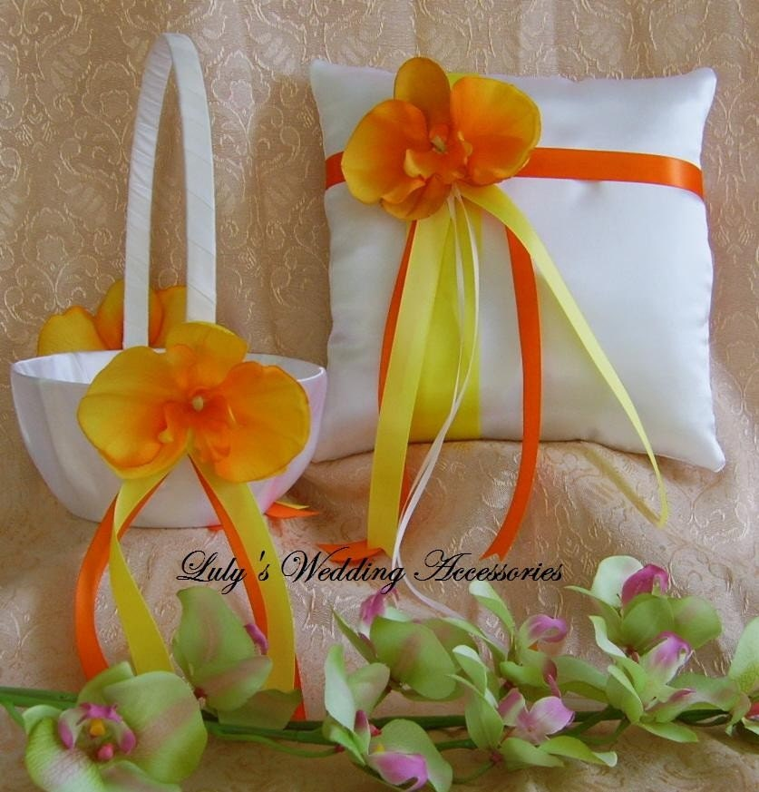 Tropical Wedding Tangerine Orange and Yellow Wedding Color Scheme