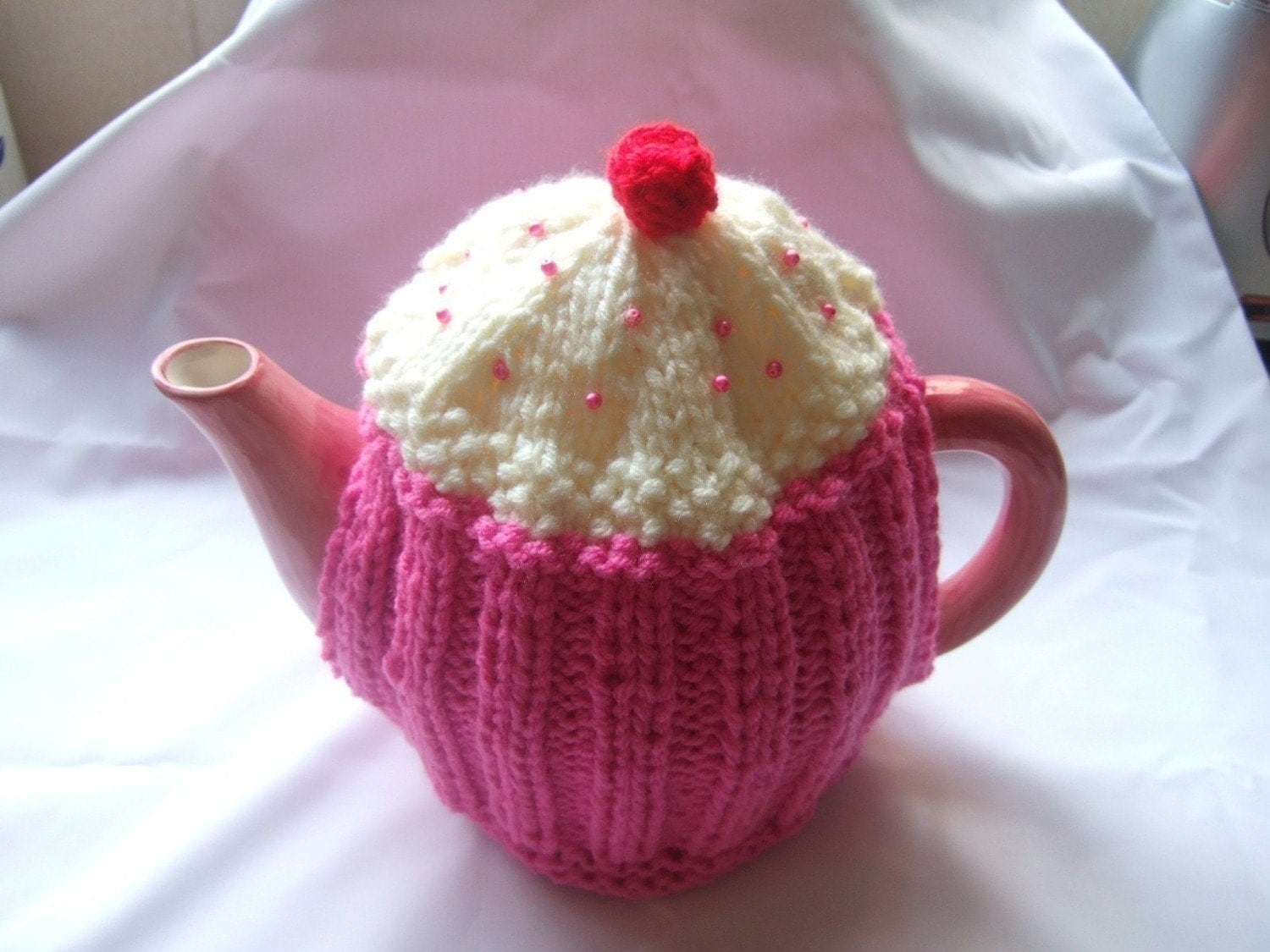 Knitting patterns tea cosies free patterns for Tea cosy template