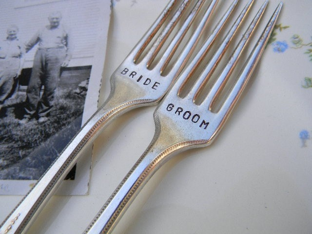 Bride and Groom Forks Vintage Wedding Cake Reception Set From PrettyParis