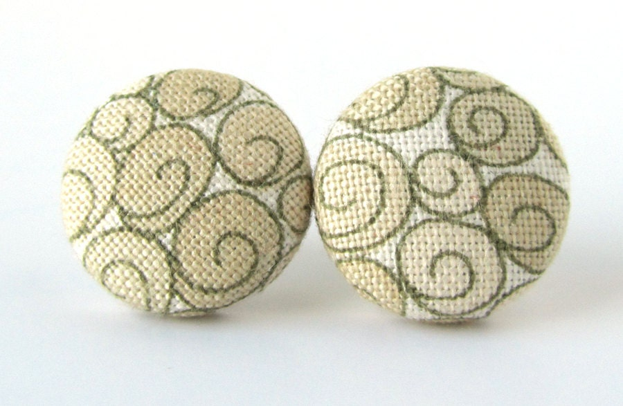 Champagne bride button earrings studs beige swirls wedding From KooKooCraft