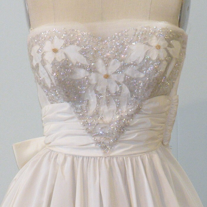 Vintage 1950s 50s Wedding Dress Ivory White Strapless Formal Prom Party