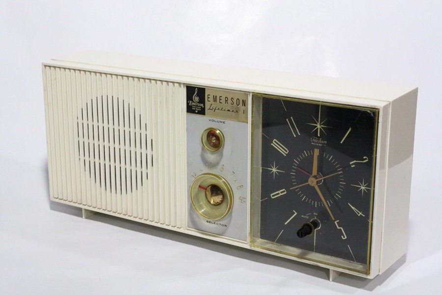 vintage Emerson clock radio | collect me: vintage radios ...