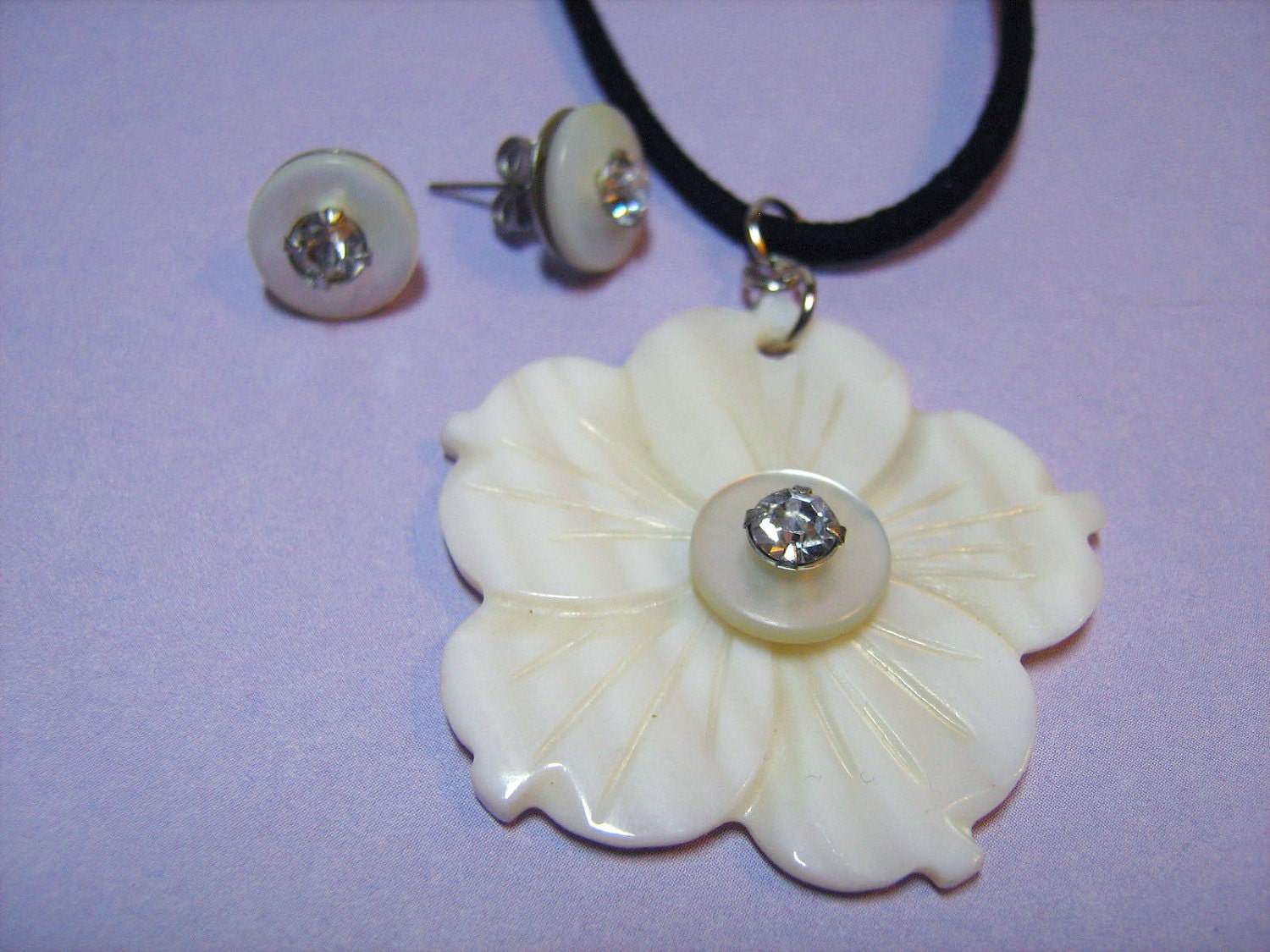 Necklace and Earring Set: White Hibiscus Shell Pendant Embellished with Vintage Button Paired with Vintage Button Stud Earrings for Women